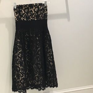 ⭐️ Milly Strapless Lace Dress Size 2 EUC